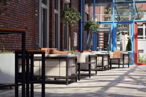 Atrium Lounge klein